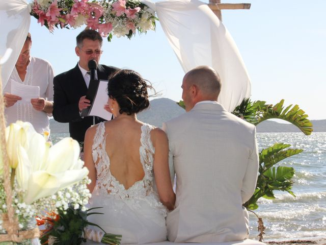 La boda de Zhivko y Xenia en La Manga Del Mar Menor, Murcia 10