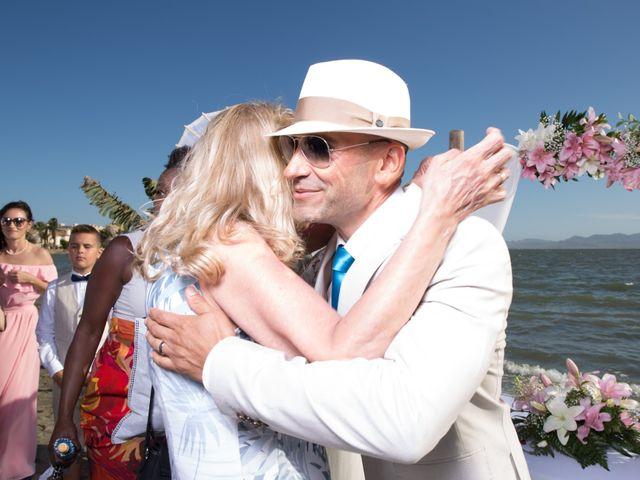 La boda de Zhivko y Xenia en La Manga Del Mar Menor, Murcia 17