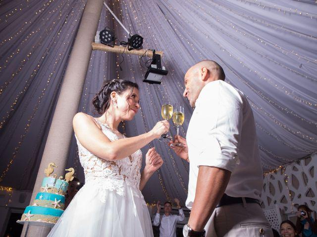 La boda de Zhivko y Xenia en La Manga Del Mar Menor, Murcia 27