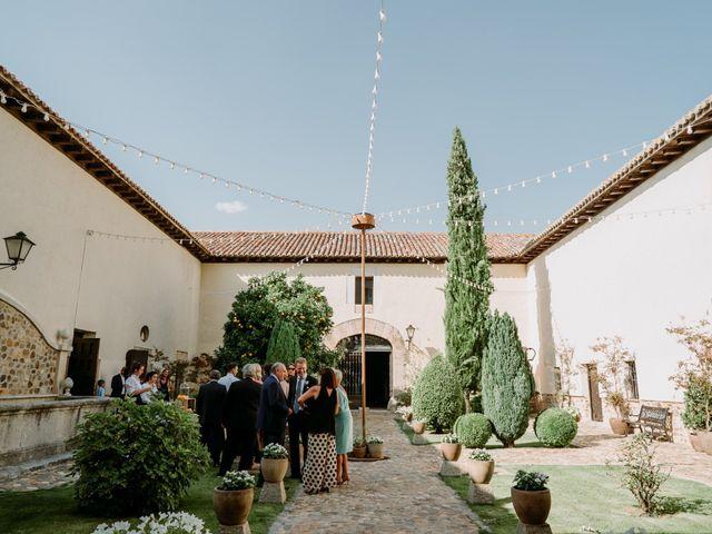 La boda de Nacho y Caro en Torremocha Del Jarama, Madrid 29
