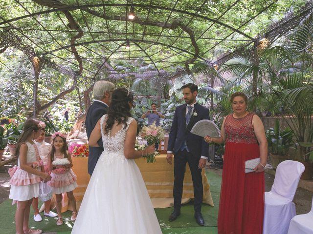 La boda de Ricardo y Carla en Málaga, Málaga 33