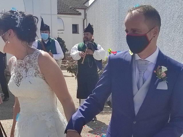 La boda de Mateo y Almudena en Gijón, Asturias 1