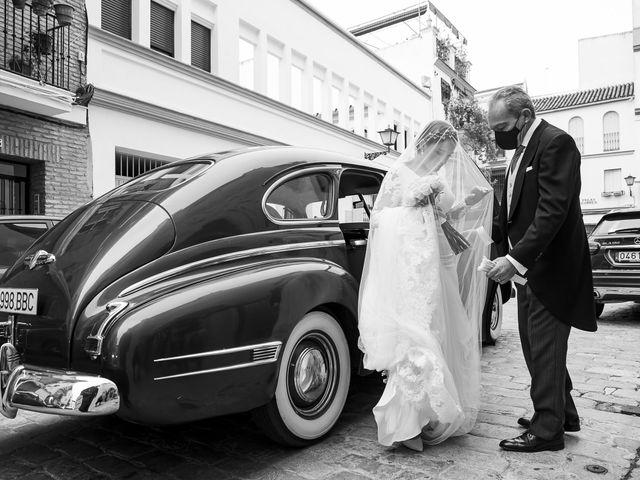 La boda de Rubén y Macarena en Alcala De Guadaira, Sevilla 25
