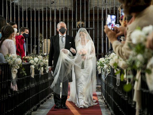 La boda de Rubén y Macarena en Alcala De Guadaira, Sevilla 27