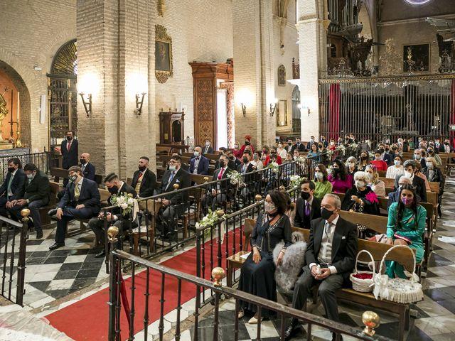 La boda de Rubén y Macarena en Alcala De Guadaira, Sevilla 29