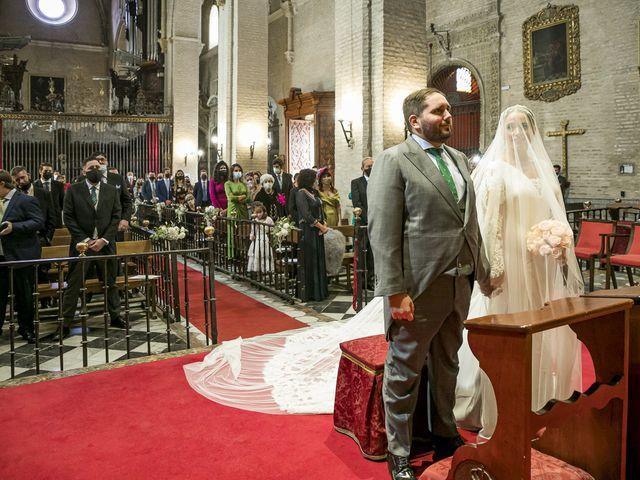 La boda de Rubén y Macarena en Alcala De Guadaira, Sevilla 34