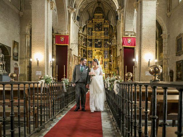 La boda de Rubén y Macarena en Alcala De Guadaira, Sevilla 43