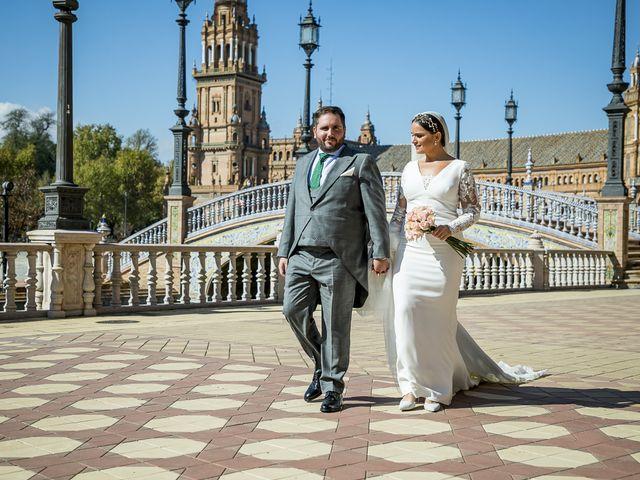 La boda de Rubén y Macarena en Alcala De Guadaira, Sevilla 54