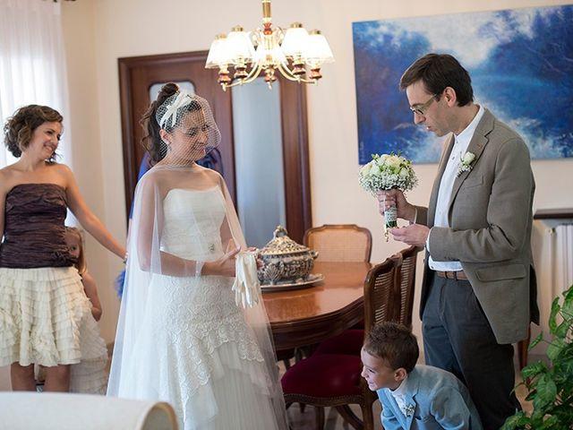 La boda de Ferran y Anna en La Vall De Bianya, Girona 35