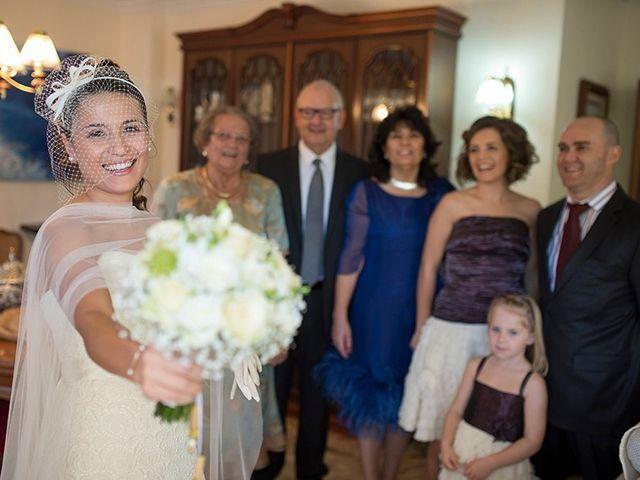 La boda de Ferran y Anna en La Vall De Bianya, Girona 38
