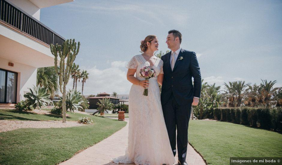 La boda de Jose y Mercedes en Retamar, Almería