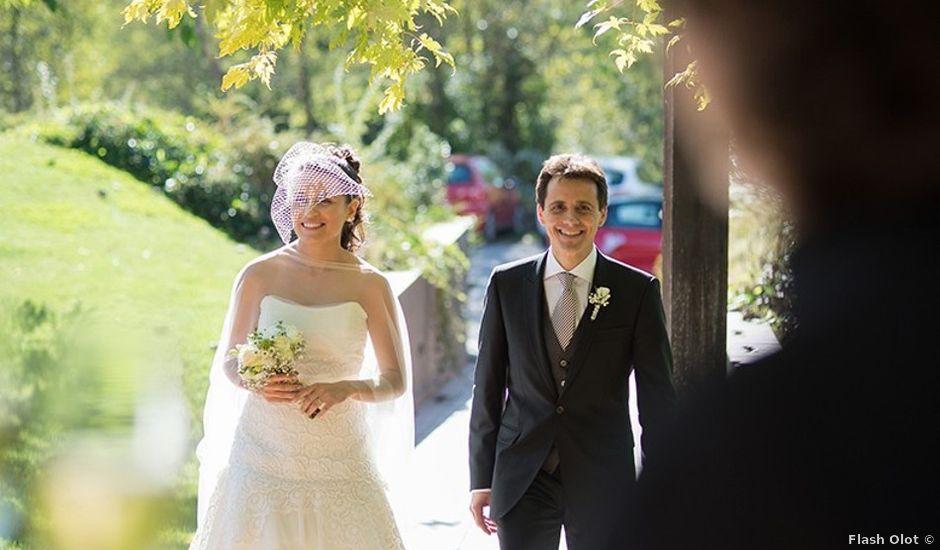 La boda de Ferran y Anna en La Vall De Bianya, Girona