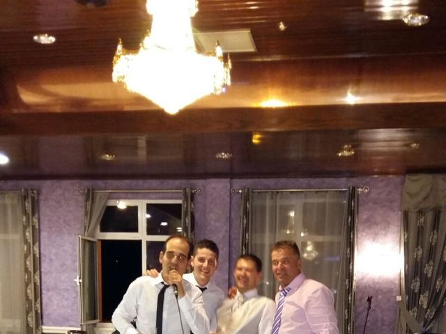 La boda de Oscar  y Vero  en El Fresno (Grado), Asturias 14