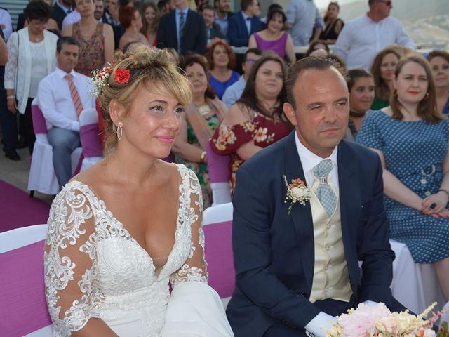 La boda de Alejandro y Marisa en Benidorm, Alicante 5