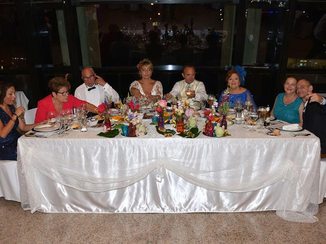 La boda de Alejandro y Marisa en Benidorm, Alicante 11