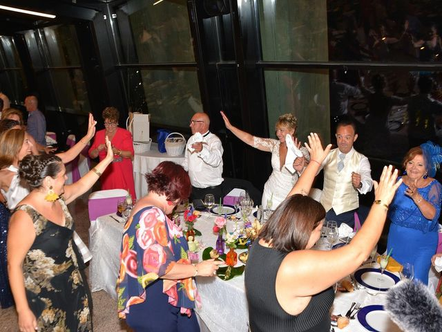 La boda de Alejandro y Marisa en Benidorm, Alicante 13