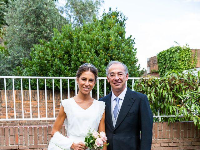 La boda de Dore y Alejandra en Madrid, Madrid 27