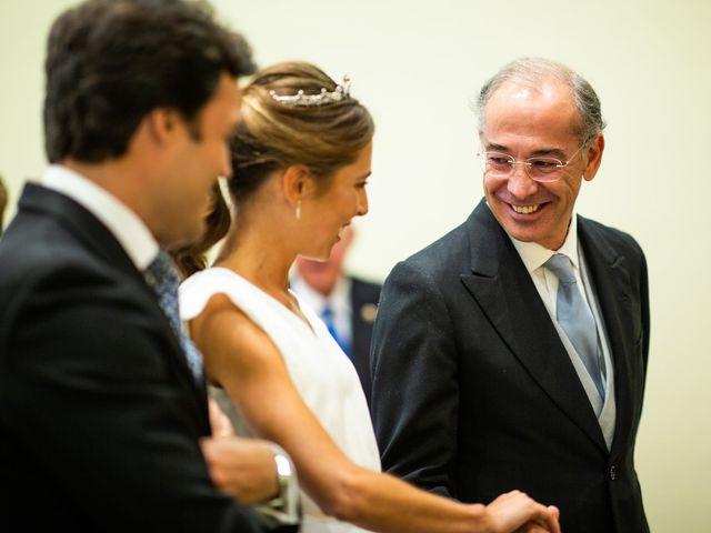 La boda de Dore y Alejandra en Madrid, Madrid 75