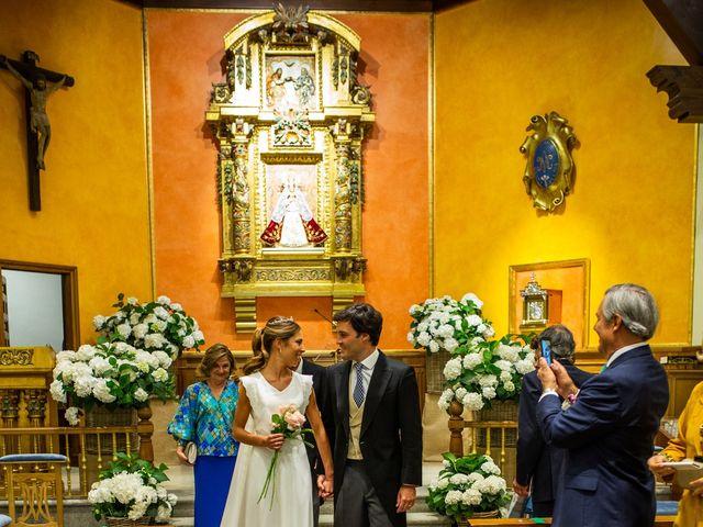 La boda de Dore y Alejandra en Madrid, Madrid 90
