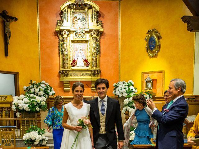 La boda de Dore y Alejandra en Madrid, Madrid 91
