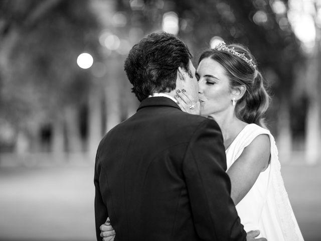 La boda de Dore y Alejandra en Madrid, Madrid 163