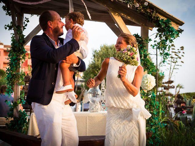 La boda de Nicolás y Blanca en Tarifa, Cádiz 37