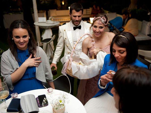 La boda de Kino y Aurora en Sevilla, Sevilla 19