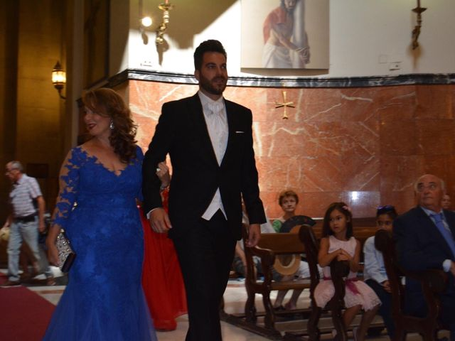 La boda de Alejandro  y Yuleyma  en Sevilla, Sevilla 24