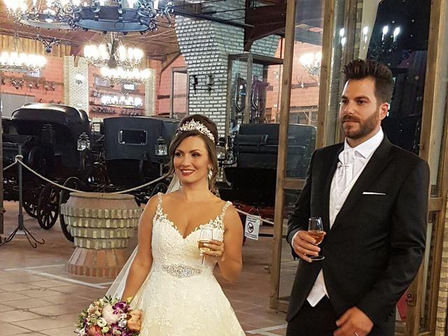 La boda de Alejandro  y Yuleyma  en Sevilla, Sevilla 42