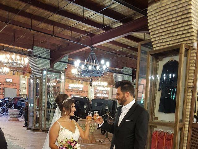 La boda de Alejandro  y Yuleyma  en Sevilla, Sevilla 43