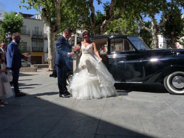 La boda de Alejandro  y Yuleyma  en Sevilla, Sevilla 45