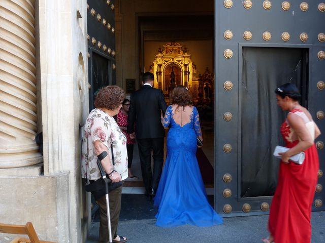 La boda de Alejandro  y Yuleyma  en Sevilla, Sevilla 53