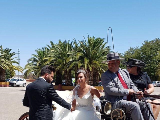 La boda de Alejandro  y Yuleyma  en Sevilla, Sevilla 61