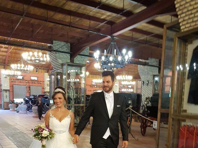 La boda de Alejandro  y Yuleyma  en Sevilla, Sevilla 63