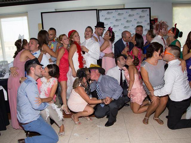La boda de Tony y Lorena en El Vedat De Torrente, Valencia 6