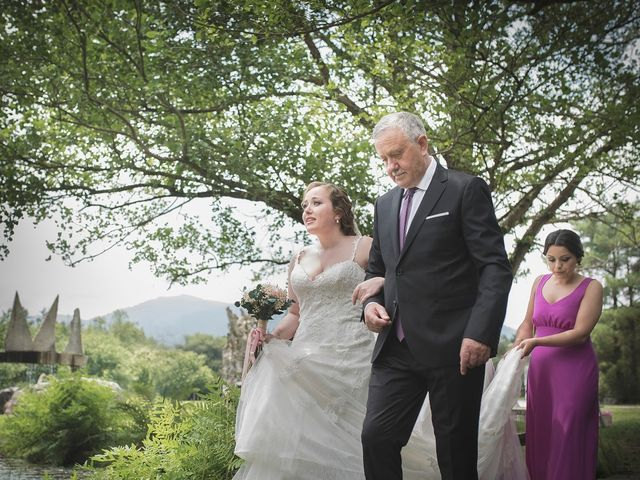 La boda de Luis y Laura en Burela, Lugo 29