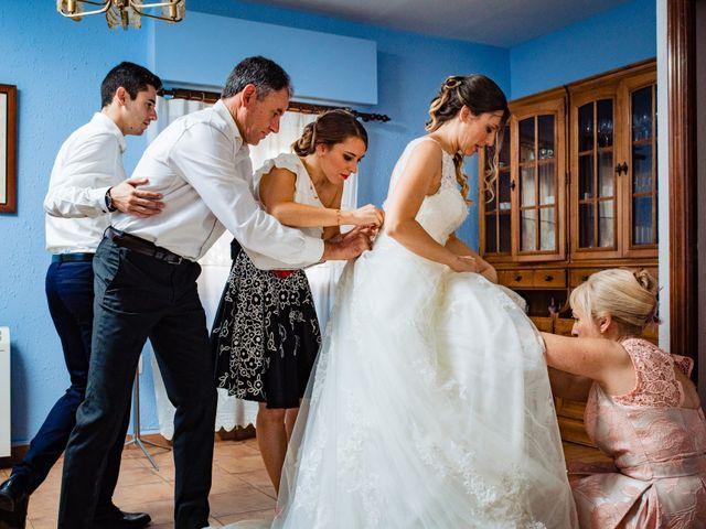 La boda de Javi y Bea en Arcos De Las Salinas, Teruel 6