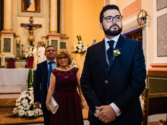La boda de Javi y Bea en Arcos De Las Salinas, Teruel 20