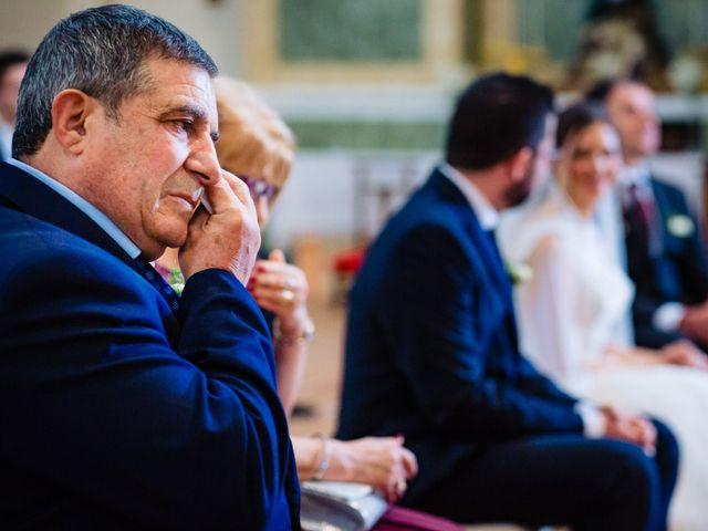La boda de Javi y Bea en Arcos De Las Salinas, Teruel 22
