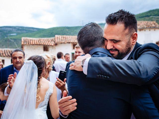La boda de Javi y Bea en Arcos De Las Salinas, Teruel 27