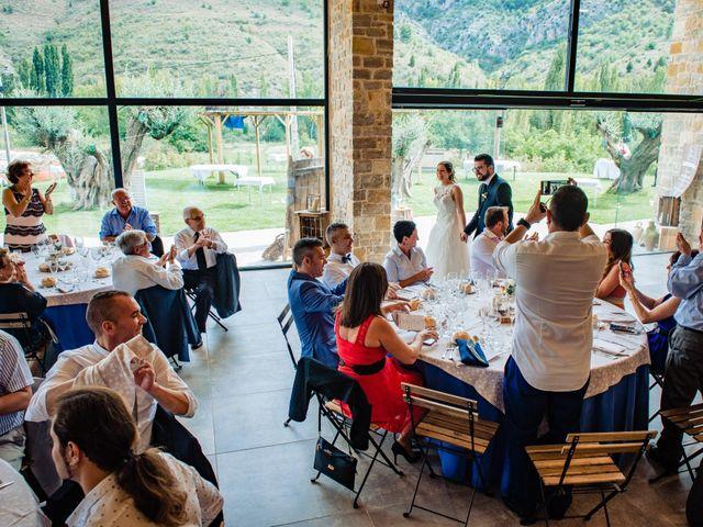 La boda de Javi y Bea en Arcos De Las Salinas, Teruel 31