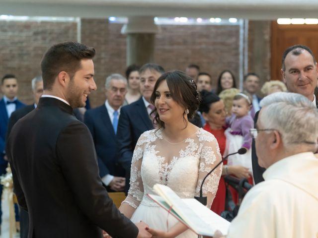 La boda de Dani y Andrea en Ventas De Armentia, Burgos 7