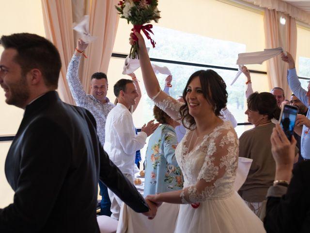 La boda de Dani y Andrea en Ventas De Armentia, Burgos 20