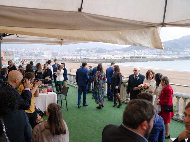 La boda de Rosa y Lina en Getxo, Vizcaya 17