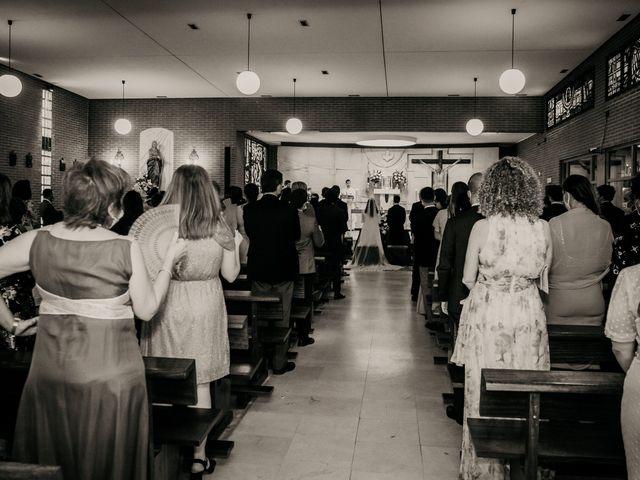 La boda de Juan y Beatriz en San Sebastian De Los Reyes, Madrid 29