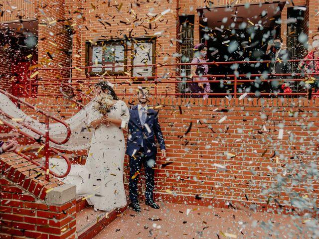 La boda de Juan y Beatriz en San Sebastian De Los Reyes, Madrid 31