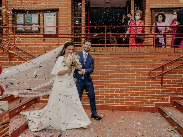 La boda de Juan y Beatriz en San Sebastian De Los Reyes, Madrid 32