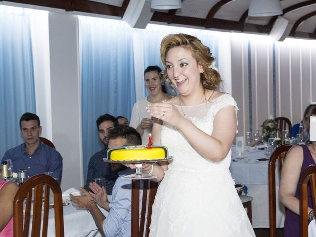 La boda de Fernando y Cintia en Orihuela, Alicante 30