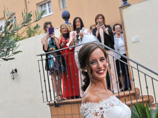 La boda de Marc y Tatiana en Sant Vicenç De Montalt, Barcelona 24