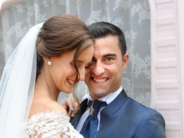 La boda de Marc y Tatiana en Sant Vicenç De Montalt, Barcelona 34